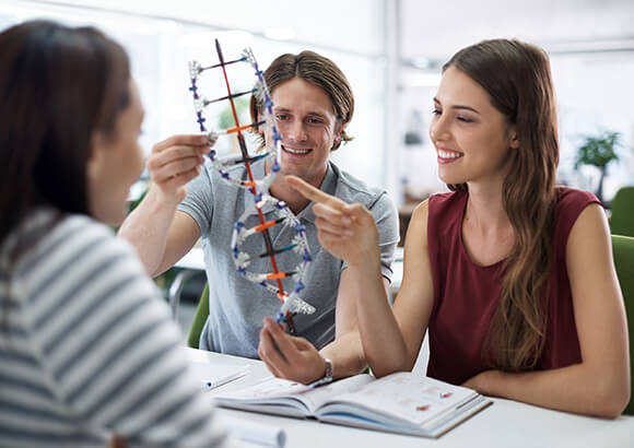 Science clubs for young researchers